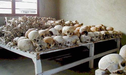 800.000 víctimas de la intoxicación mediática en Ruanda.
