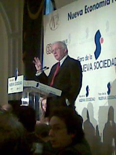Teddy Bautista en un almuerzo convocado por el Foro de la Nueva Economia (2008)
