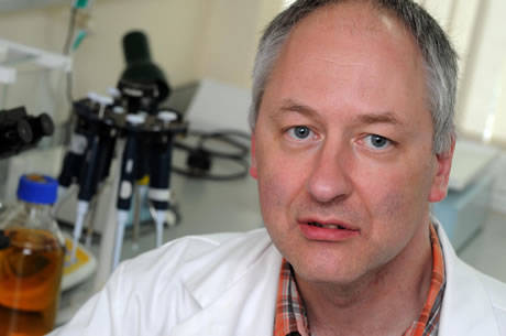 Biólogo escocés Alan Bowman