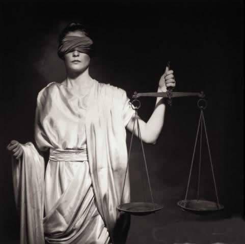 ¿Es así como vemos hoy en día a la justicia?