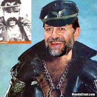 Rajoy disfrazado de tipo duro en Facebook