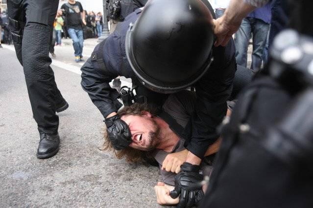 Mossos: Represion Policial